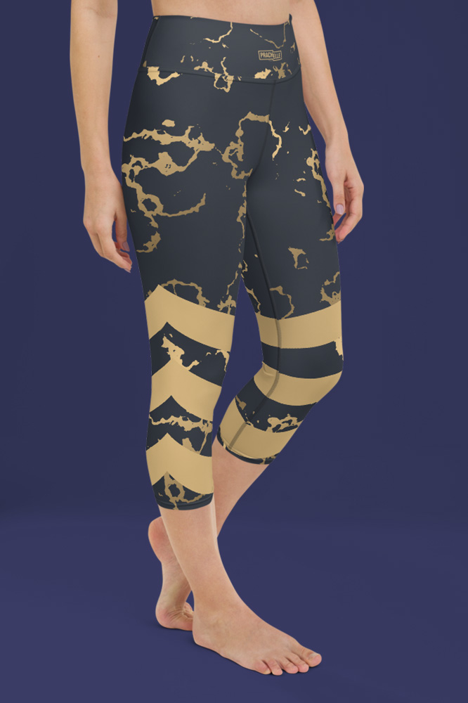 Portor | Dark Golden Marble Capri Leggings with Stripes
